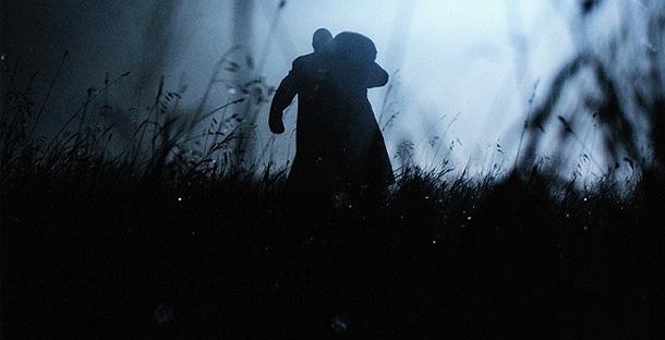 Karanlıktaki Gölge