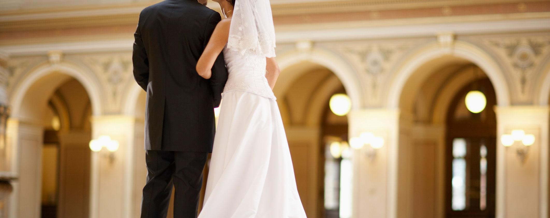 Rüyada Başka Birisinin Evlendiğini Görmek