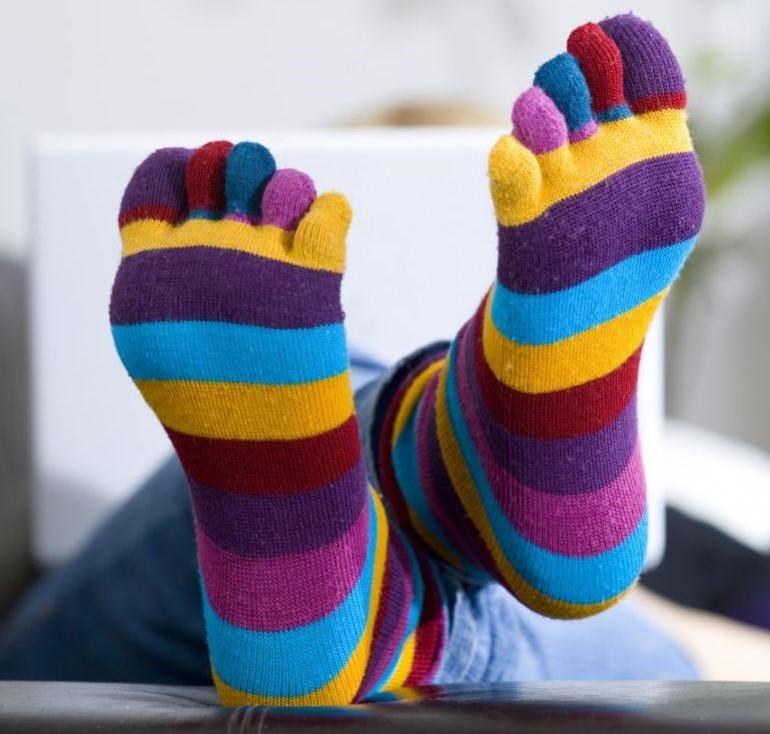 Rüyada Bir Çift Çorap Bulduğunu Görmek