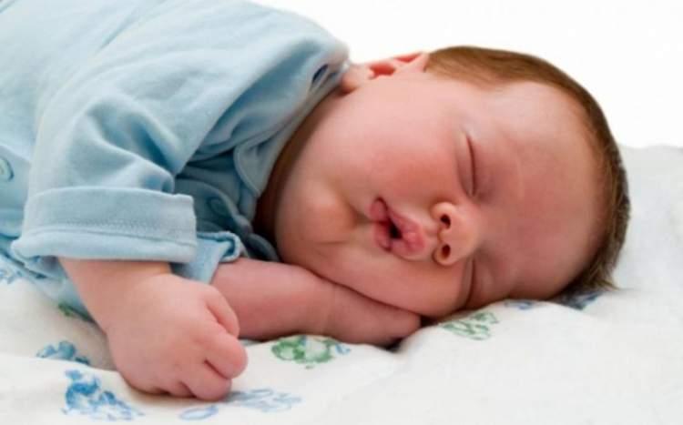 Rüyada Bebeğin Uyuduğunu Görmek
