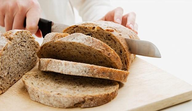 Rüyada Ekmek Kestiğini Görmek