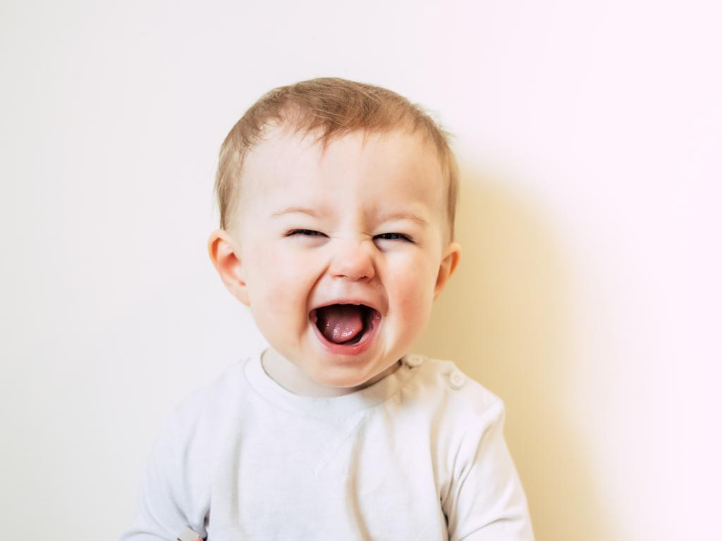 Rüyada Bebek Gülüşü Görmek