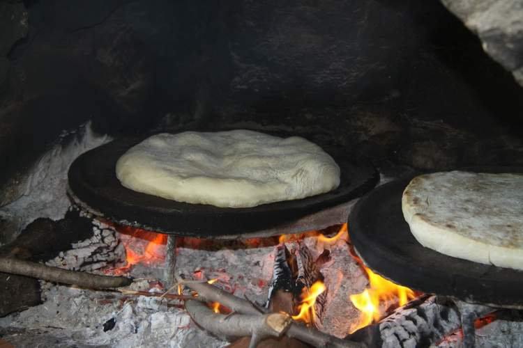 Rüyada Ekmek Pişirdiğini Görmek
